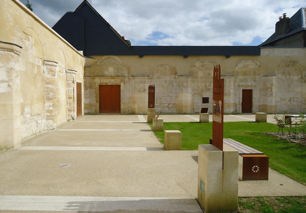 atelier-de-saint-georges_aménagement-paysager_jardin-du-cloitre_petit-quevilly (30)