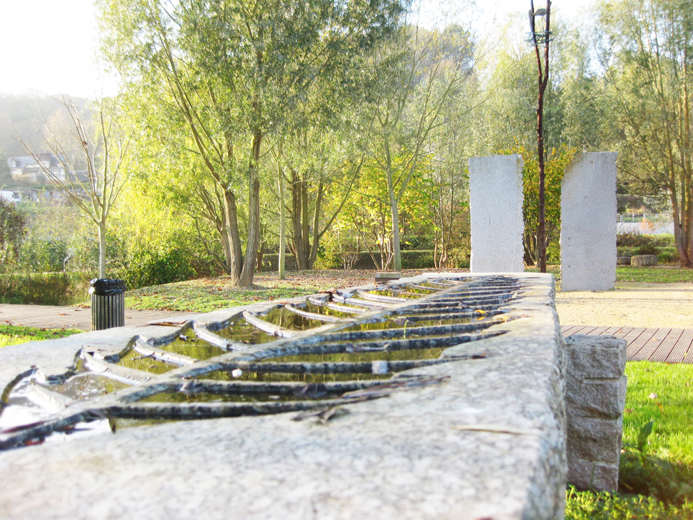 Design mobilier urbain jardin public nice 1137 for Mobilier de jardin nice