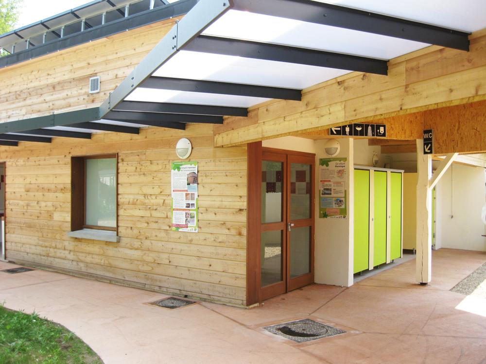 atelier-de-saint-georges_architecture_blocs-sanitaires_lery-pose (3)